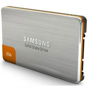 Disque SSD Samsung 470 Series MZ-5PA256C 256 Go SATA-300