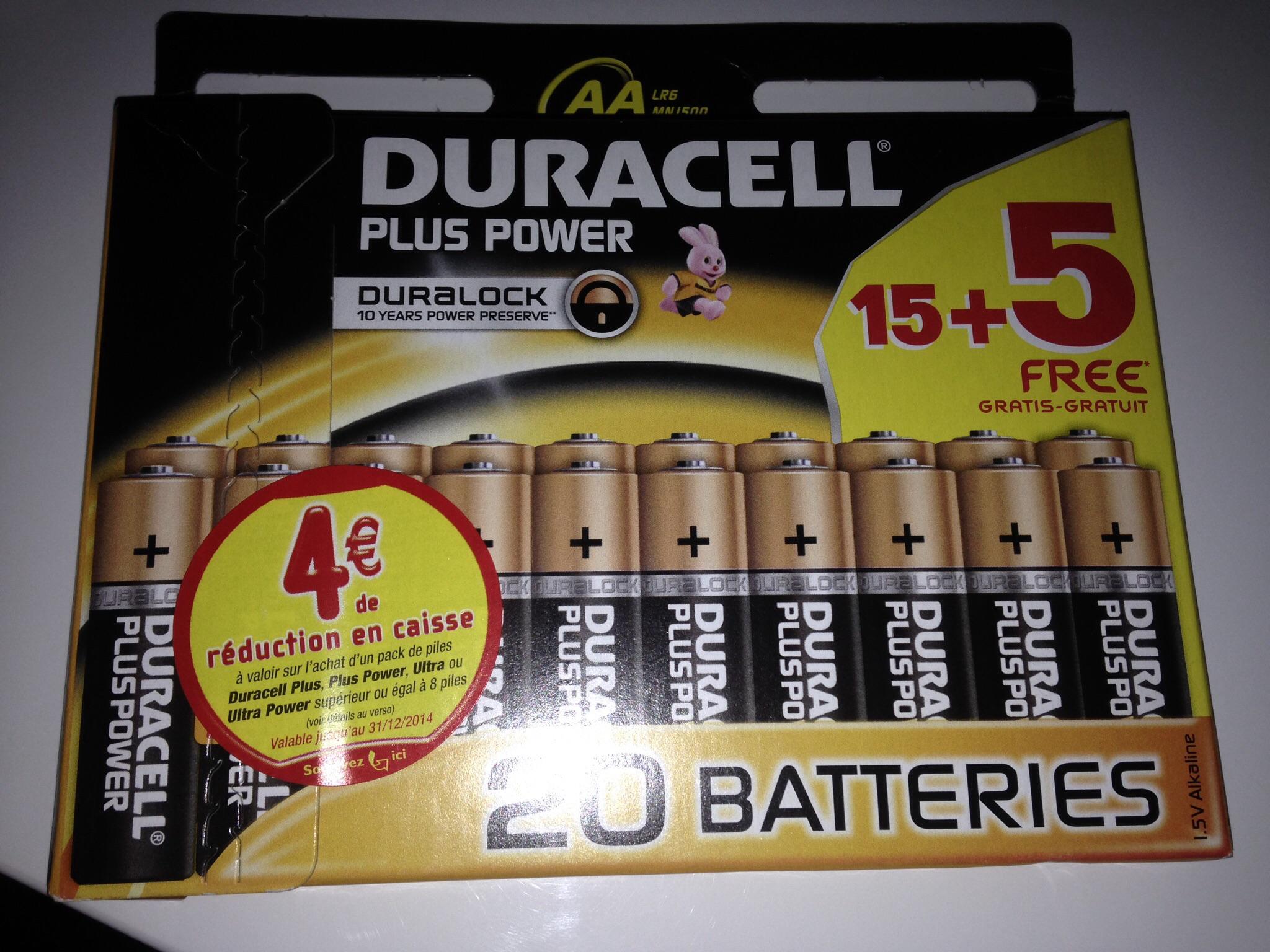 20 Piles duracell LR6 ( 3.50€ sur la carte)
