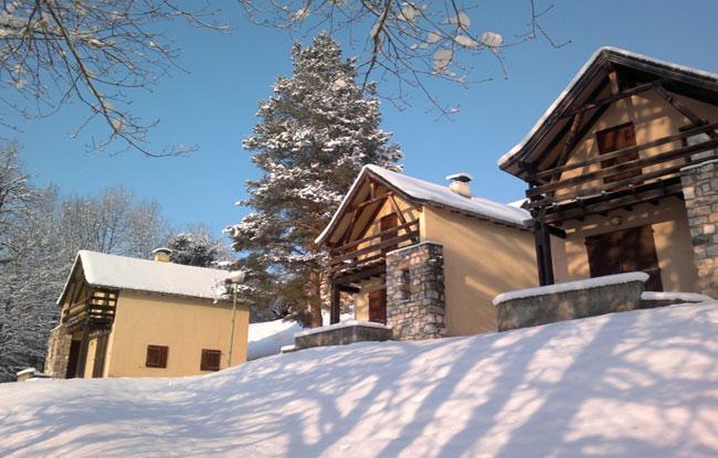 Ski: Les 2 nuits en location seule, pour une arrivée le 25/04/2015 en chalet en bois 5 pers. à Seix - La Souleille des Lannes