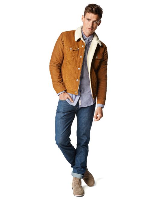 - 40% partir de 40€ d'achats sur la sélection de vêtements, chaussures, sacs, montres et bijoux