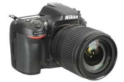 Appareil photo reflex Nikon D7100 + Objectif 18-105vr + Grip + 16Go