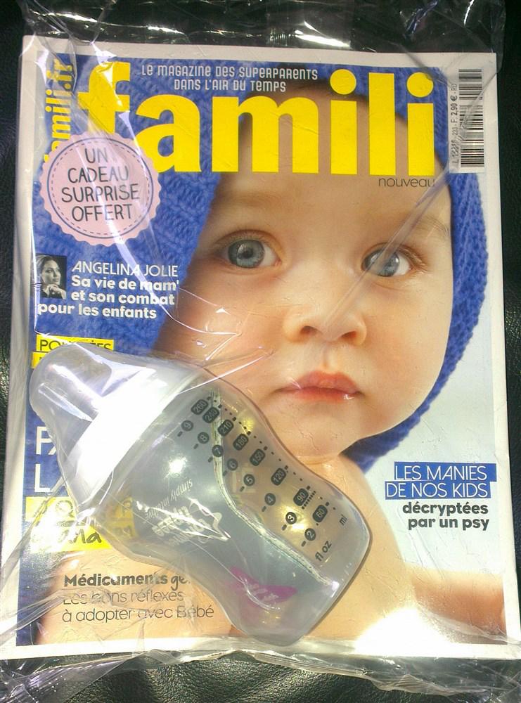 Magazine Famili + Biberon Tommee Tippee 260 ml